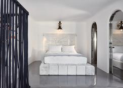 荷马史诗酒店 - 菲罗斯特法尼 - 睡房