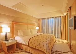 隆德豊国际大酒店 - 上海 - 睡房