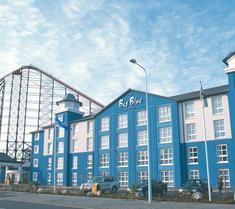大蓝酒店 - 黑池游乐海滩(Blackpool Pleasure Beach)