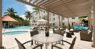 圣胡安汉普顿套房酒店 - 圣胡安 - 游泳池