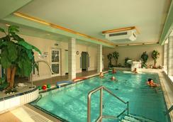 罗塔勒霍夫酒店 - Bad Fuessing - 游泳池