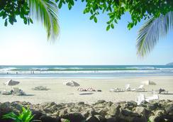 塔玛琳多迪里亚海滩度假酒店 - Tamarindo - 海滩