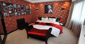艺术宫Spa套房酒店 - 卡萨布兰卡 - 睡房