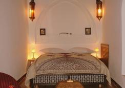 Riad Dar Alhambra - 马拉喀什 - 睡房