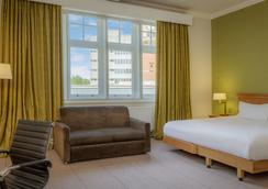 希尔顿诺丁汉酒店 - 诺丁汉 - 睡房