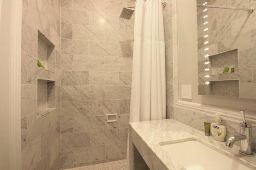 基督山酒店 - 旧金山 - 浴室