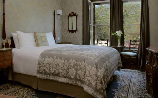 基督山酒店 - 旧金山 - 睡房
