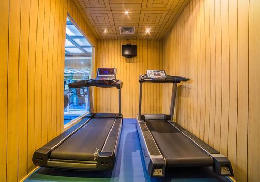 Hotel Sitara - 海得拉巴 - 健身房