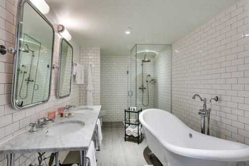 普利茅斯南海滩酒店 - 迈阿密海滩 - 浴室
