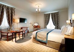 欧洲之星皇家酒店 - 桑坦德 - 睡房