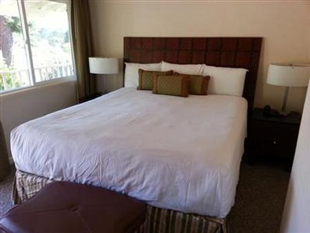 卡梅尔丰收套房旅馆 - 卡梅尔海 - 睡房
