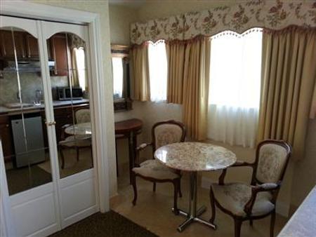 卡梅尔丰收套房旅馆 - 卡梅尔海 - 客厅