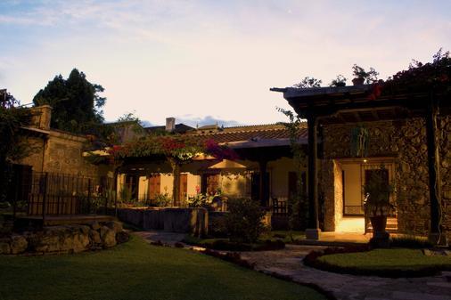 罗德里格安提瓜波萨达酒店 - 安地瓜 - 建筑