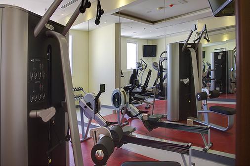 沙迦瑞恩酒店 - 沙迦 - 健身房