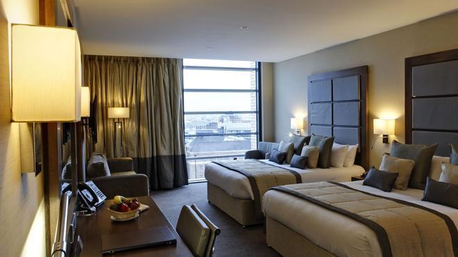 农庄塔桥酒店 - 伦敦 - 睡房