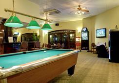 河滨漫步套房酒店 - 默特尔比奇 - 酒吧