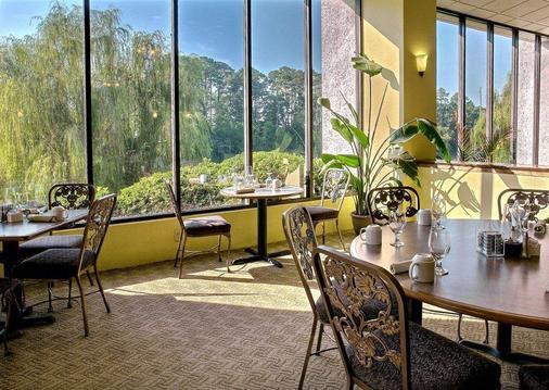 Riverwalk Inn & Suites - 默特尔比奇 - 餐馆