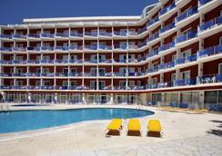 唐璜度假酒店 - 罗列特海岸 - 游泳池