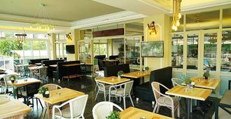 蓝色宫殿家庭酒店 - 马尔马里斯 - 餐馆