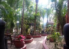 可可斯小屋酒店 - 卡曼海灘 - 户外景观
