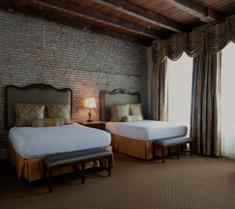 法国市场旅馆
