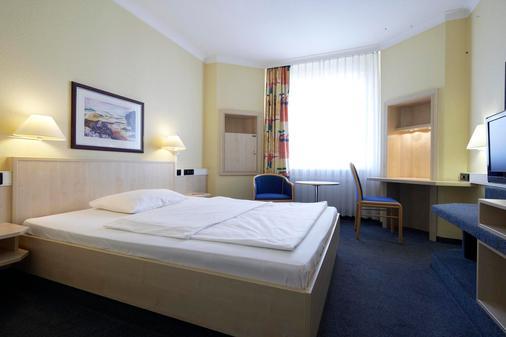 汉堡阿尔托纳城际酒店 - 汉堡 - 睡房