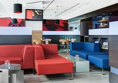 汉堡阿尔托纳城际酒店 - 汉堡 - 休息厅