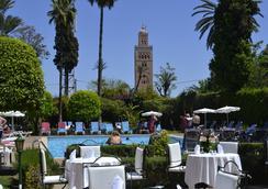 Hôtel Chems - 马拉喀什 - 游泳池