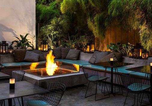 洛杉矶市中心设计酒店 - 洛杉矶 - 露台