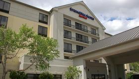 休斯顿霍比机场春季山丘套房酒店 - 休斯顿 - 建筑