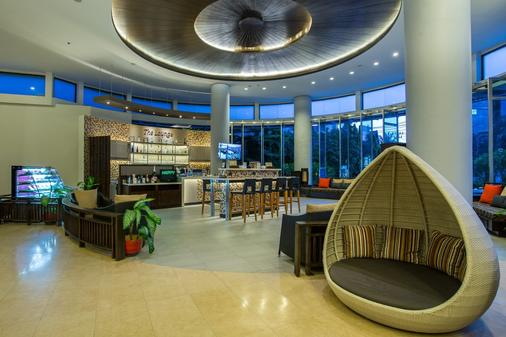 Deevana Plaza Phuket - 芭东 - 休息厅