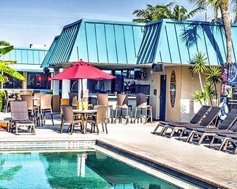 可可比奇棕榈国际度假酒店&会议中心 - 可可比奇 - 游泳池