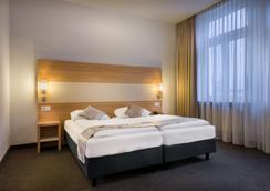 法兰克福大陆酒店 - 法兰克福 - 睡房