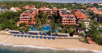 巴厘岛大阿斯顿沙滩度假村 - 乌鲁瓦图 - 建筑