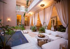 温泉旅馆 - 马拉喀什 - 游泳池