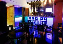 Hotel Kanha Shyam - 阿拉哈巴德 - 酒吧