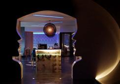 利安德格拉纳达城市酒店 - 巴拿马城 - 酒吧