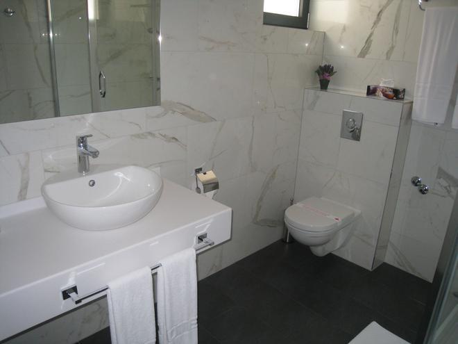 Vip酒店 - 萨拉热窝 - 浴室