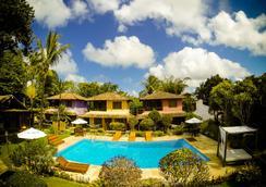 Hotel Pousada Machê - Arraial d'Ajuda - 游泳池