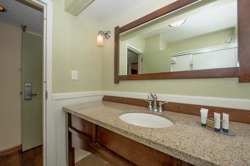 杰克逊北卡博特小屋红狮酒店 - 里奇兰 - 浴室