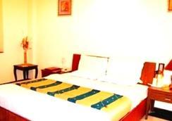 Hotel PR Residency - 阿姆利则 - 睡房
