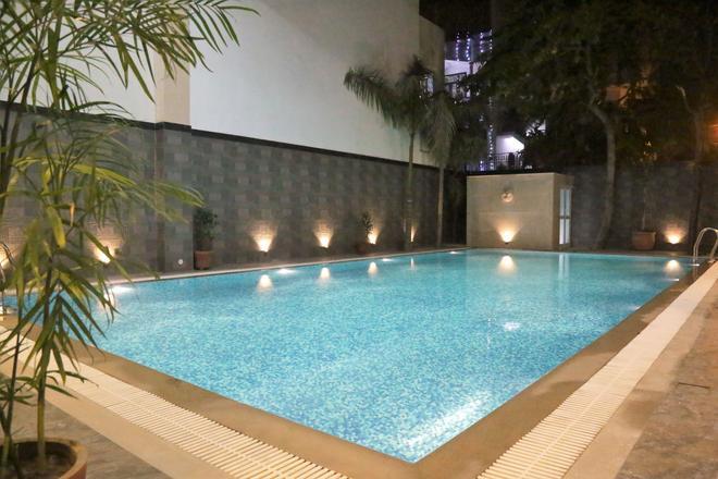 欧亚酒店 - 斋浦尔 - 游泳池