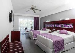 里乌纳波亚酒店- - 蓬塔卡纳 - 睡房