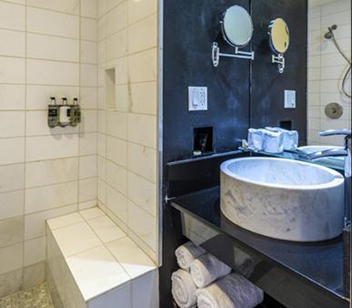 O酒店 - 洛杉矶 - 浴室