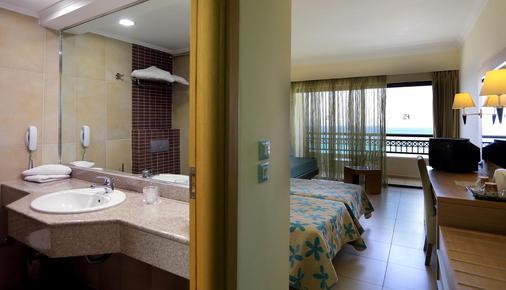 斯玛特拉丽都度假村 - Ialysos - 浴室