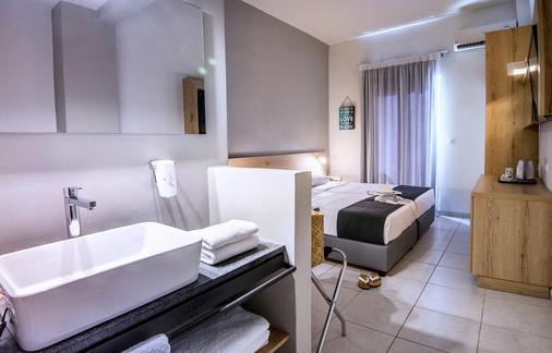 奈普图诺海滩酒店 - 伊拉克里翁 - 浴室