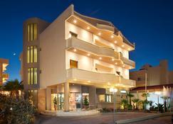 奈普图诺海滩酒店 - 伊拉克里翁 - 建筑