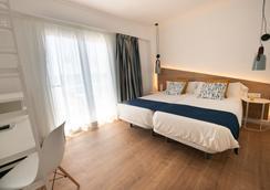 布兰卡酒店 - 圣玛加利达 - 睡房