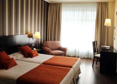康德杜克毕尔巴鄂酒店 - 毕尔巴鄂 - 睡房