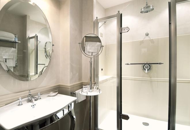 巴格里奥尼大酒店 - 佛罗伦萨 - 浴室